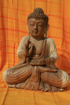 Buddha aus HOLZ 30 x 22 cm