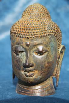 Buddhakopf altbronze gelblich 12 x 8 cm